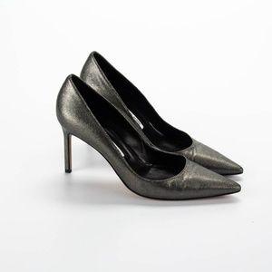 MANOLO BLAHNIK Pewter Metallic Pointy Toe Heels